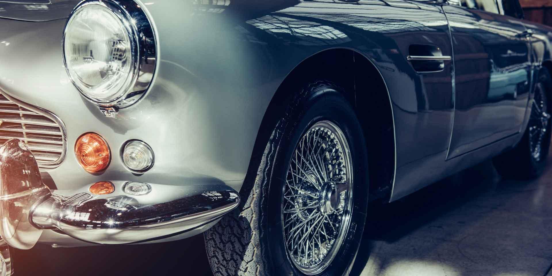 Rent a Luxurious Car